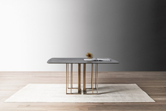 Charlie Table by Meridiani | Dining tables