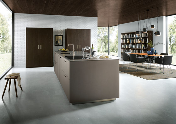 NX 902 Glass matt platinum metallic by next125 | Fitted kitchens