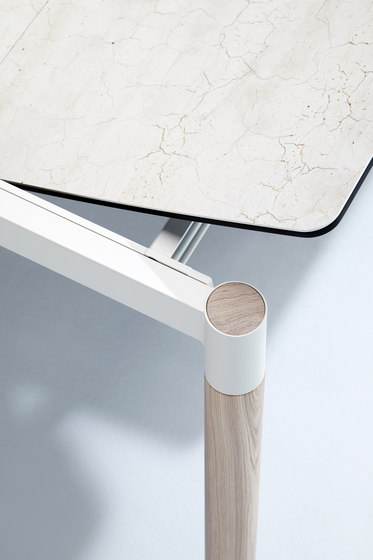 Köln wooden legs by Mobliberica | Dining tables