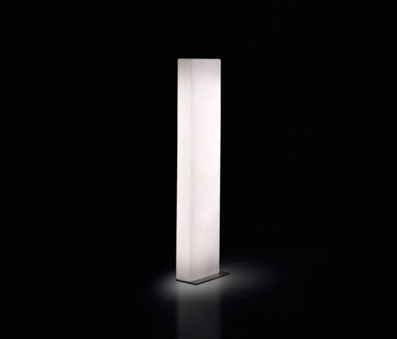 Brick by Slide | Free-standing lights
