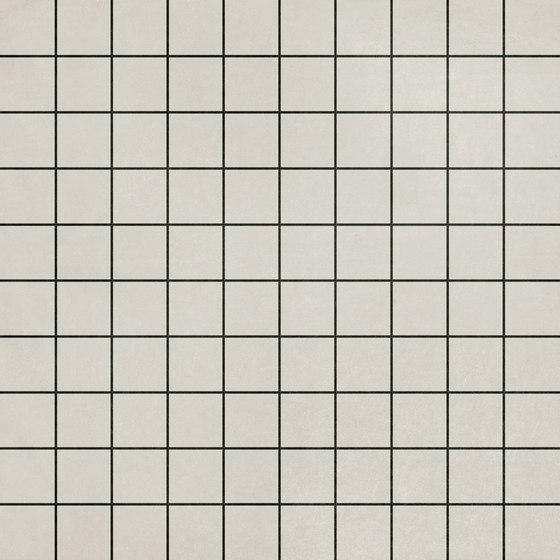 Futura | Grid Black von 41zero42 | Keramik Fliesen