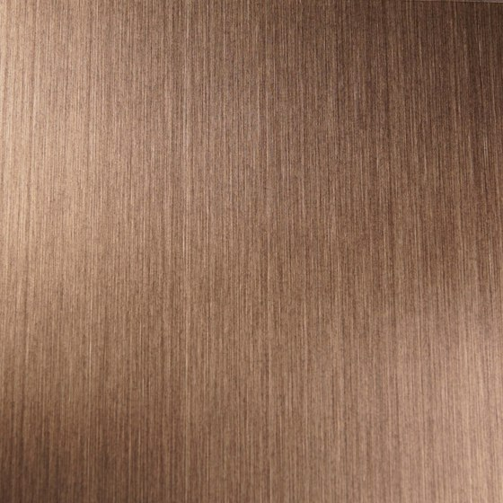 Nordic Brass Weathered | 1130 | Hairline medium di Inox Schleiftechnik | Lamiere metallo