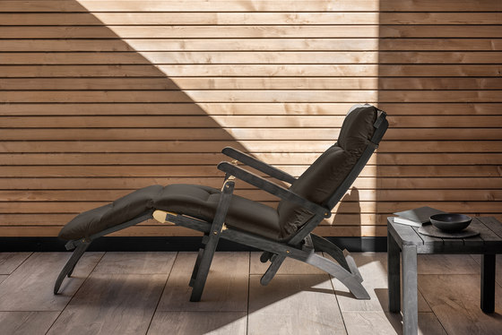 Cruise deck chair with Mattress by Ethimo | Sun loungers