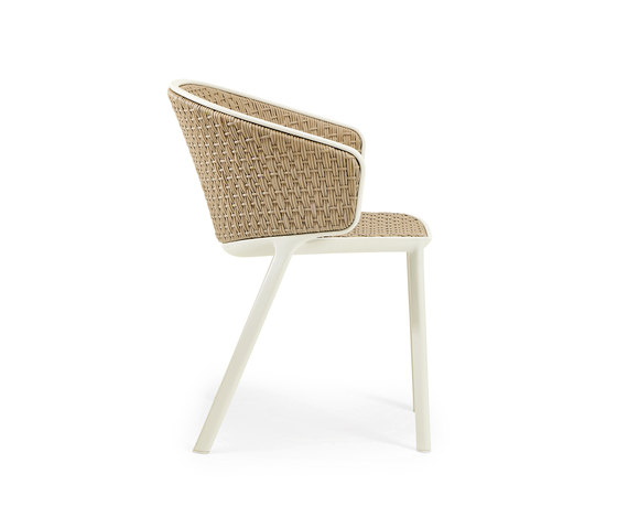 Pluvia Dining armchair by Ethimo | Chairs