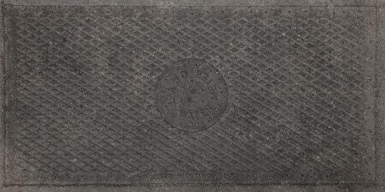 Italghisa | Impronte Antracite 45x90 cm by IMSO Ceramiche | Ceramic panels