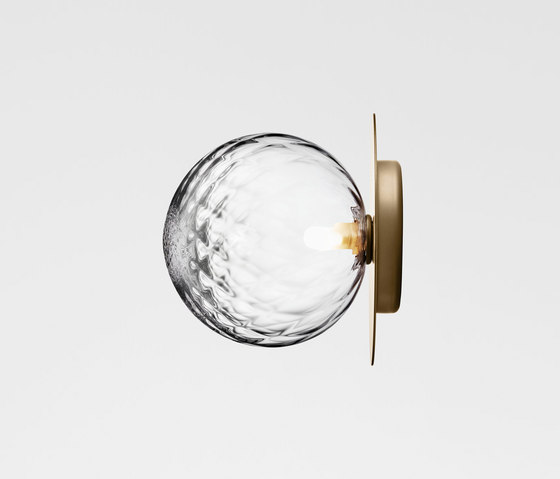 Liila 1 Large Optic by Nuura | Wall lights