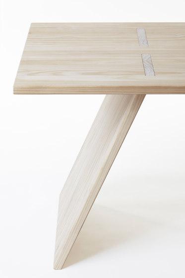 Puzzle table 2000 von Shaping Objects Scandinavia | Esstische