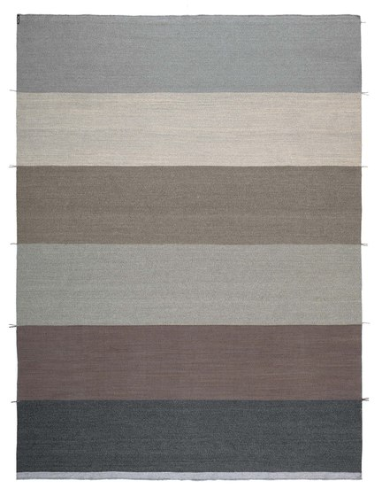 Mustache RE—01 Canvas by Kristalia | Outdoor rugs