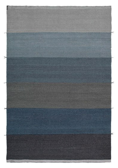 Mustache RE—03 Denim by Kristalia | Outdoor rugs