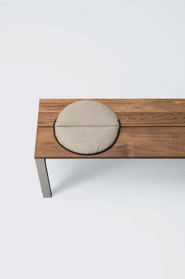 be-Easy slatted Bench di Kristalia   Panche