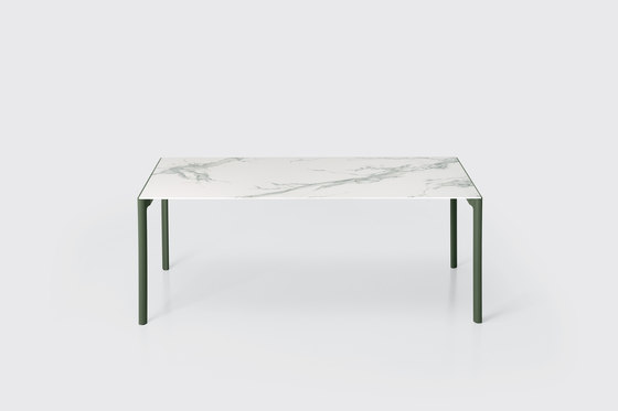 Maki Outdoor by Kristalia   Dining tables
