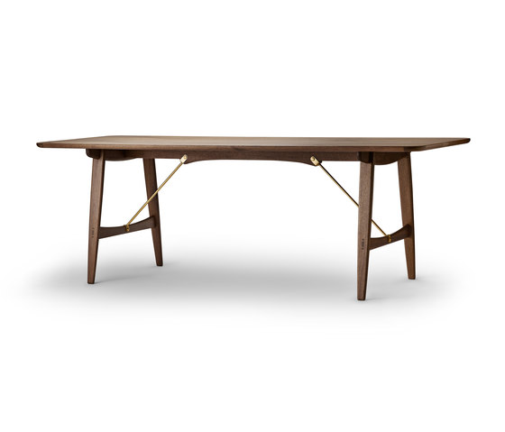 Hunting Table by Carl Hansen & Søn | Dining tables