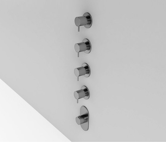 Built-in shower mixer group by Rexa Design | Shower controls