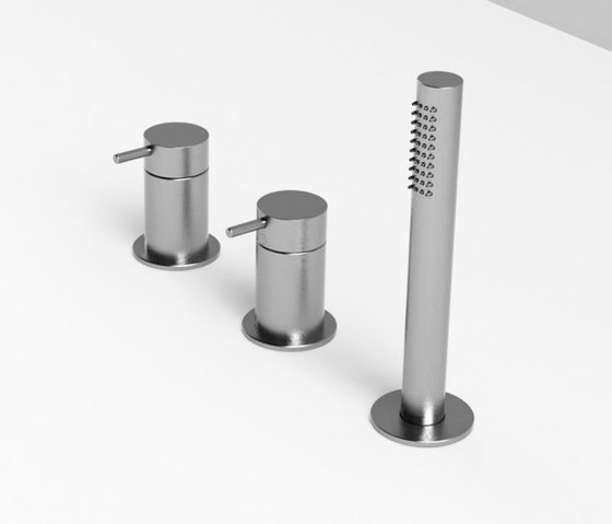 Bathtub mixer group by Rexa Design | Shower controls