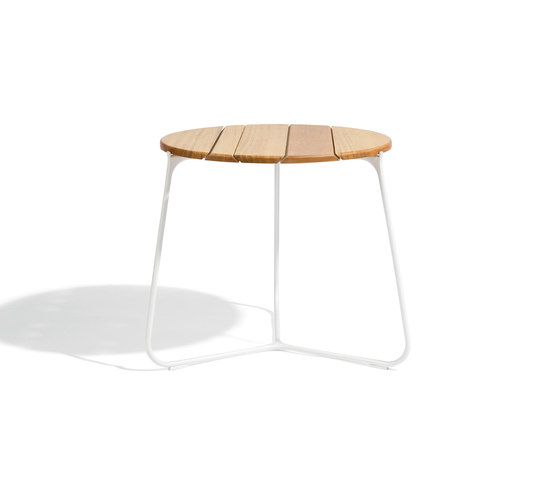 Mood Coffee Table 60 by Manutti | Side tables