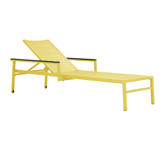 DUO CHAISE LOUNGE WITH ARMS by JANUS et Cie | Sun loungers
