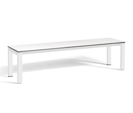 Trento bench by Manutti | Dining tables