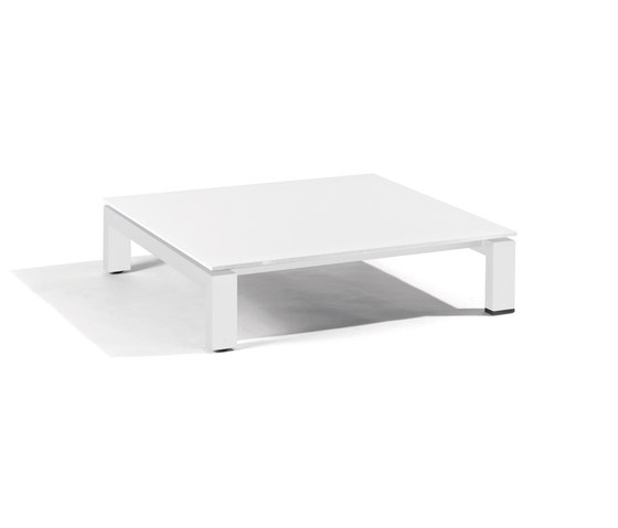Trento coffee table by Manutti | Coffee tables