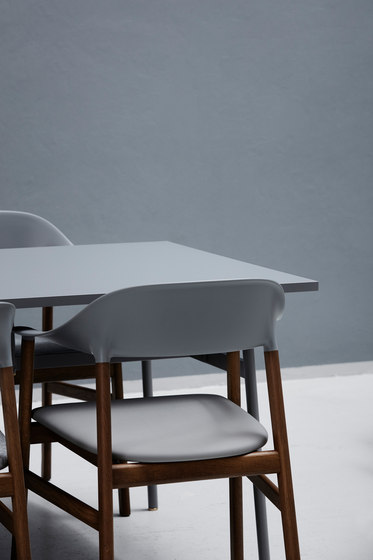 Union table de Normann Copenhagen | Tables de repas