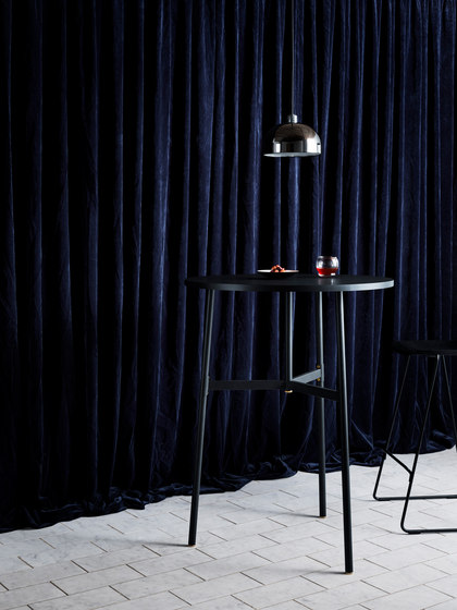 Union Tisch von Normann Copenhagen | Stehtische