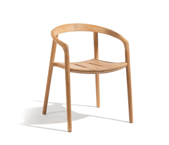 Solid armchair by Manutti | Chairs