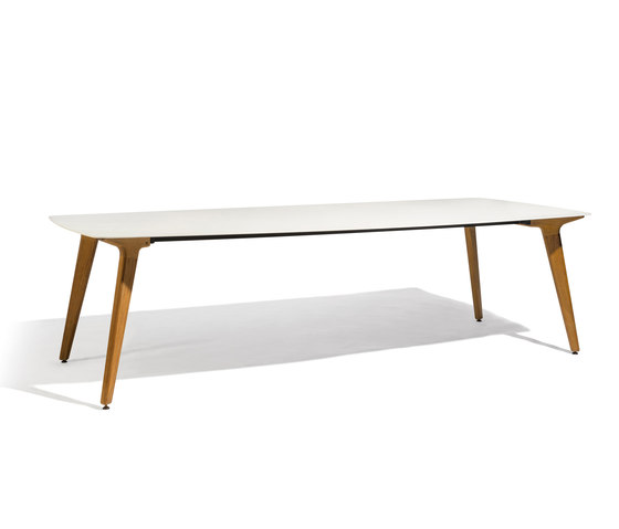 Torsa dining table 264x118 by Manutti | Dining tables