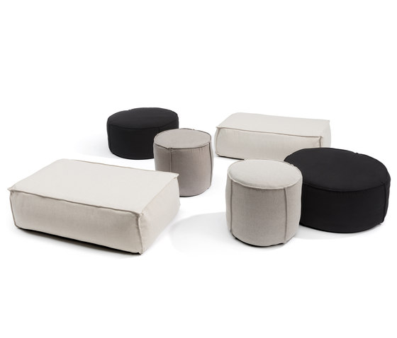 Touch by Manutti | Poufs