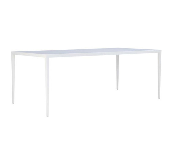 SLANT GLASS TOP DINING TABLE RECTANGLE 200 di JANUS et Cie | Tavoli pranzo