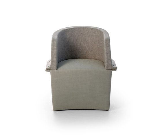 Assembly Small hollow armchair de Diesel with Moroso | Sillas