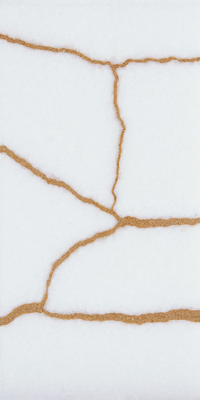Kintsugi White Thassos Tiles de Claybrook Interiors Ltd. | Dalles en pierre naturelle
