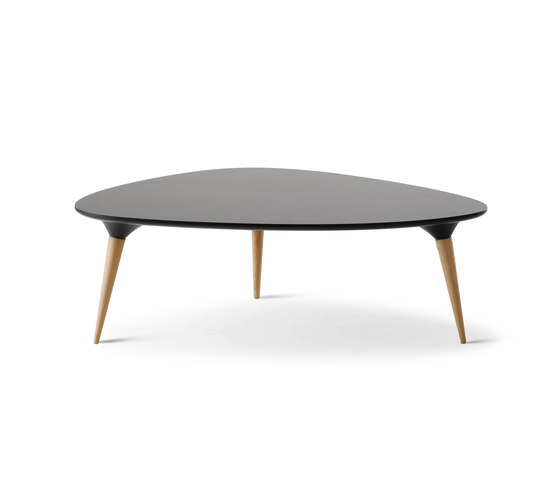 Icicle Table by Fredericia Furniture | Coffee tables