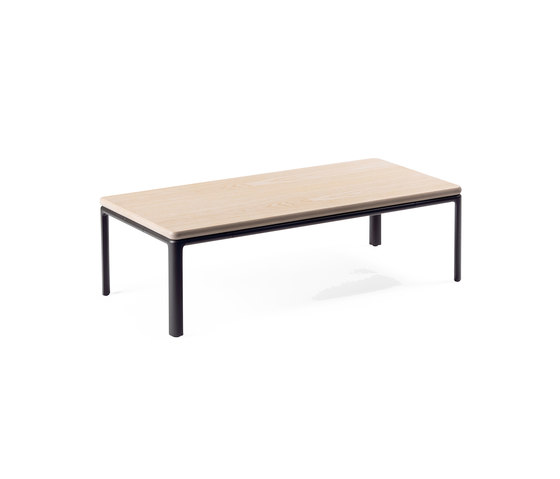 Crest table by Materia | Coffee tables