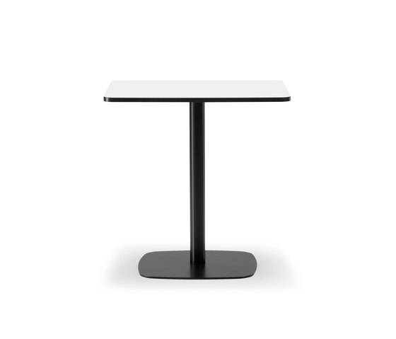 Mesa Café Table by Fredericia Furniture | Bistro tables