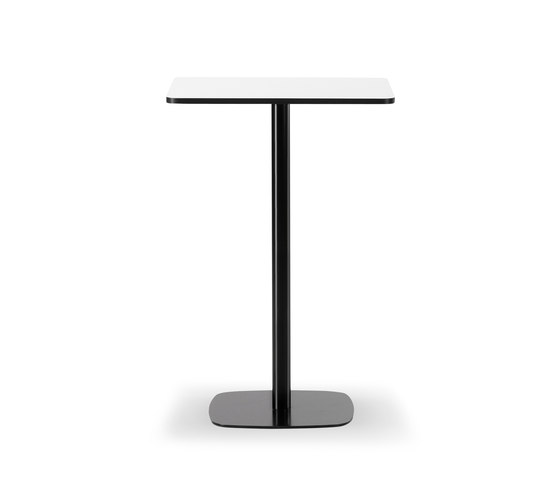 Mesa Café Table by Fredericia Furniture | Standing tables