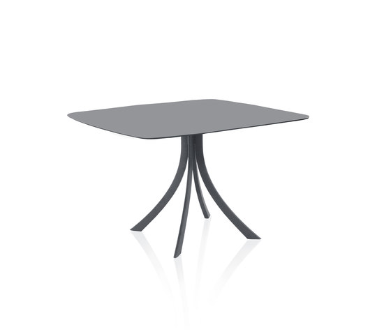 Falcata Outdoor elliptical dining table by Expormim   Dining tables