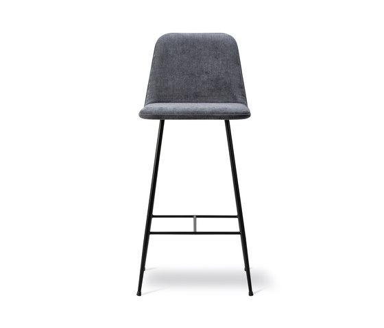 Spine Barstool Metal base by Fredericia Furniture | Bar stools
