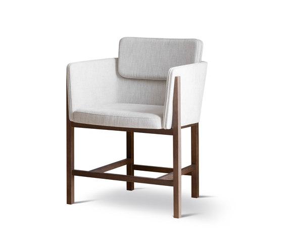 Din Chair di Fredericia Furniture   Sedie