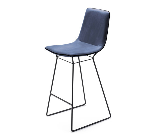 Amelie | Counter Stool High by Freifrau Sitzmöbelmanufaktur | Counter stools