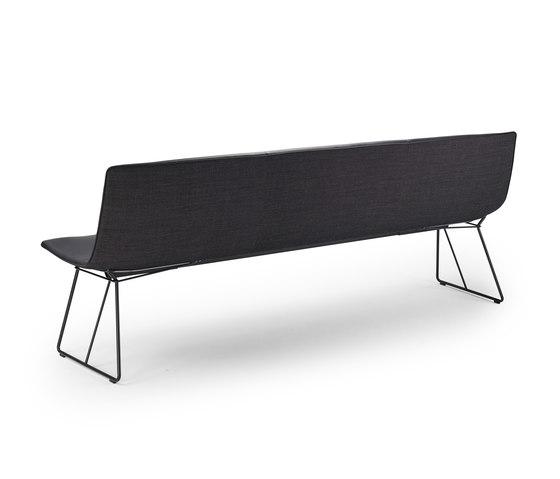 Amelie | Bench von Freifrau Sitzmöbelmanufaktur | Sitzbänke