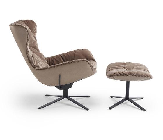 Leya | Wingback Chair mit Fußkreuz mit Wipp-Kippmechanik & Ottoman von Freifrau Sitzmöbelmanufaktur | Sessel