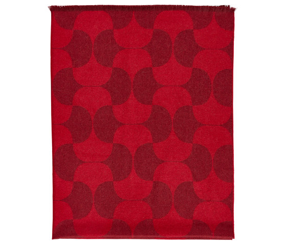 Polette | Throw Burgundy by Verpan | Rugs