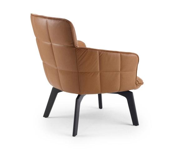 Marla | Easy Chair Low mit Holzgestell von FREIFRAU MANUFAKTUR | Sessel