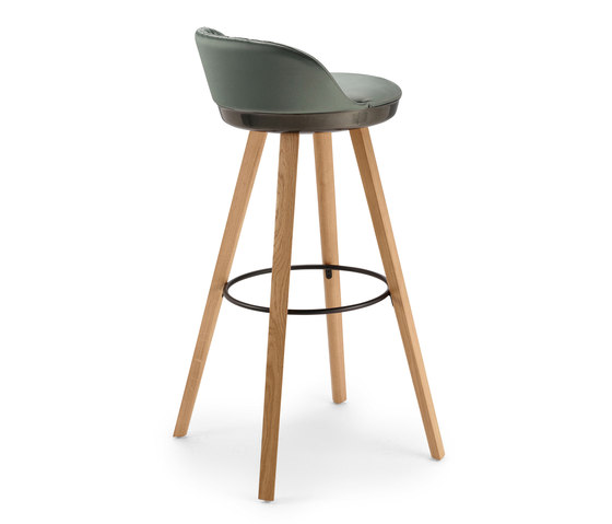 Romy | Barstool with wooden frame by FREIFRAU MANUFAKTUR | Bar stools