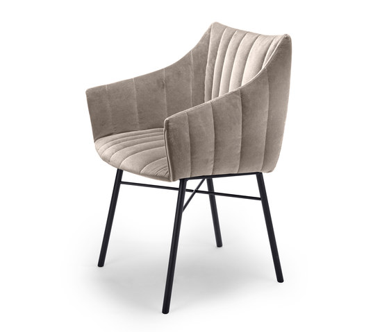 Rubie | Armchair High with steel frame 4-legs de Freifrau Sitzmöbelmanufaktur | Sillas
