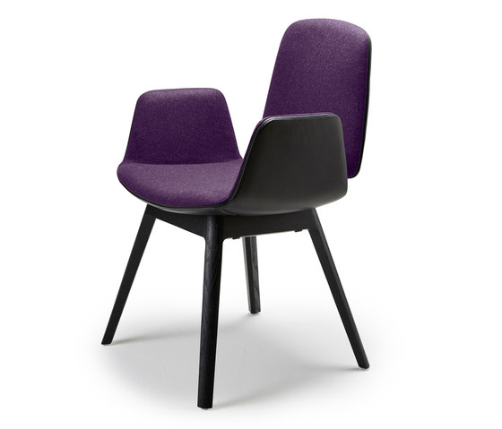 Tilda | Armchair with wooden frame 4-legs by Freifrau Sitzmöbelmanufaktur | Chairs
