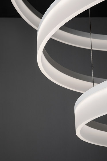 Circ Chandelier de GROK | Suspensions
