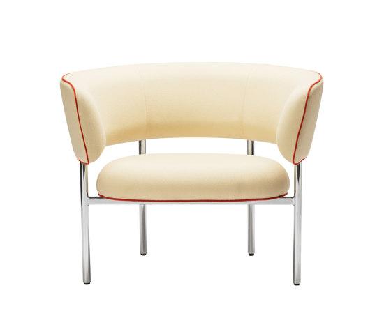FONT Bold Lounge Chair   Armrest von møbel copenhagen   Sessel