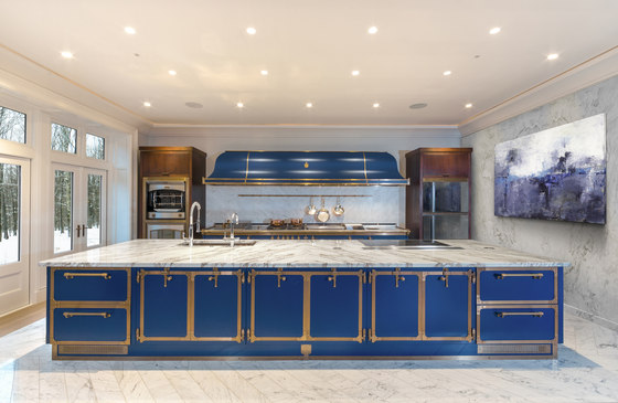 Sapphire Blue kitchen by Officine Gullo | Fitted kitchens