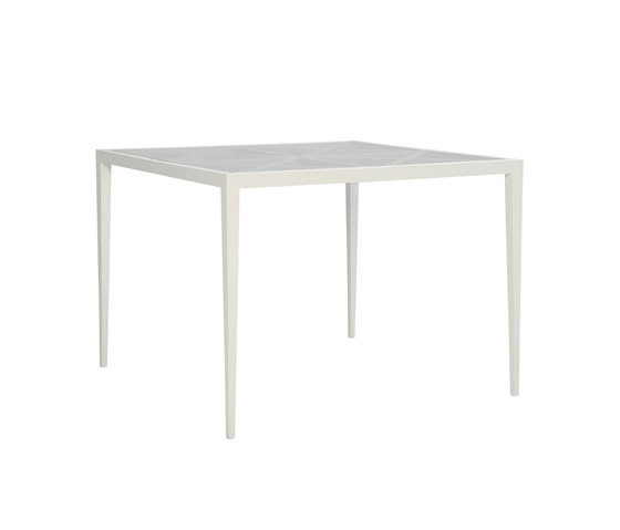 AZIMUTH CROSS DINING TABLE SQUARE 102 by JANUS et Cie | Dining tables