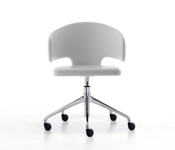 Pretty Ho by Arrmet srl | Conference chairs